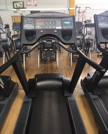 TAPIS DE COURSE LIFE FITNESS 9500HR