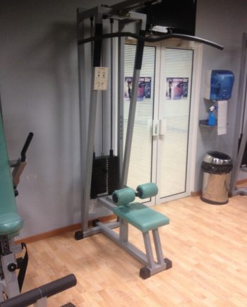 lat machine Isotonic Technogym
