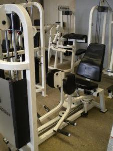 machine-a-adducteurs-pro-1-life-fitness-001