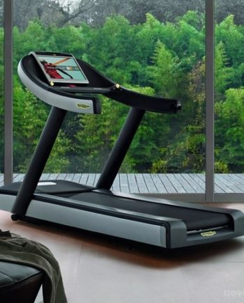 Technogym Job / tapis de course Excite 700