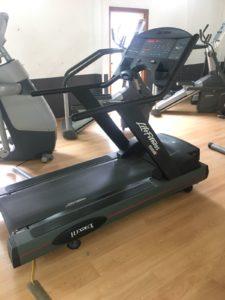 run 9500 hr life fitness